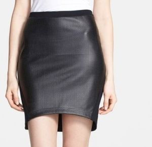 533338d7c NWT Nordstrom Trouve Faux Leather Skirt